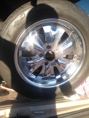 Chrome Rims with tires for a Lincoln navigator for Sale in Las Vegas, NV