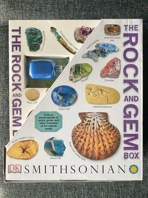 Smithsonian The Rock and Gem Box Book Set for Sale in Fresno, CA