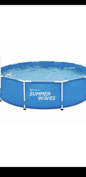 Summer Waves 10ft Pool Above Ground Metal Frame 30in deep. for Sale in Torrance, CA