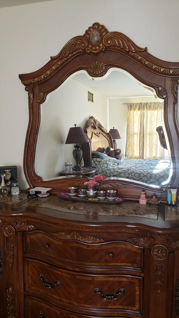 Bedroom set moving sale