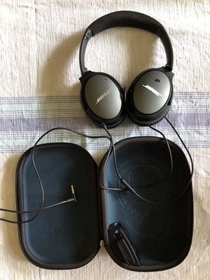 Bose noise cancelling headphones for Sale in Littleton, CO