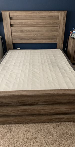 Queen bed frame and box spring for Sale in Manor, TX
