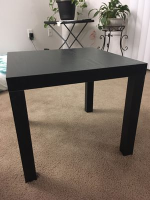 Corner table/coffee table for Sale in Richmond, VA