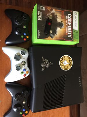 Xbox 360 in very good conditions for Sale in Imlay City, MI