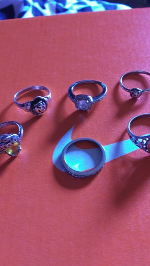 Silver rings ? 9 size for Sale in Coffeyville, KS