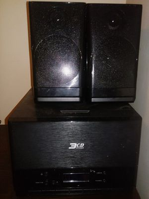 Audio system and speakers for Sale in Columbus, OH