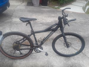 """Cannondale F900 27 speed bike with hydraulic disc brakes, 16"""" frame, 26"""" tires. for Sale in Wesley Chapel, FL"""