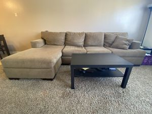 Huge Comfortable Sectional for Sale in Bakersfield, CA