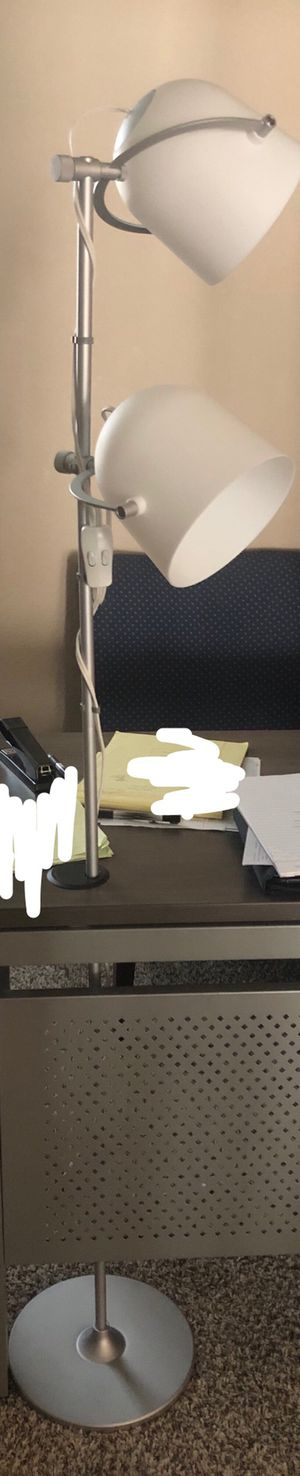 FLOOR LAMP for Sale in Rowlett, TX