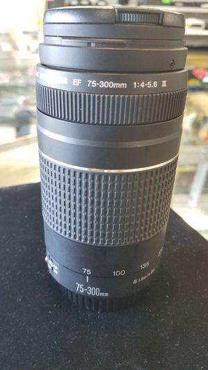 Canon 75-300mm 1:4-5.6 lense for Sale in Houston, TX