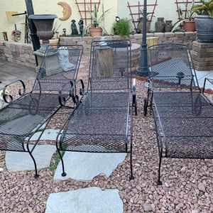 3 Metal Pool Lounge Chairs With Cushions for Sale in Las Vegas, NV