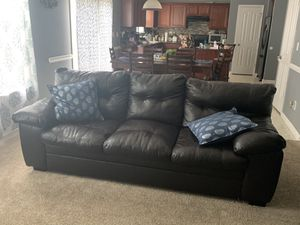 3 piece chocolate brown couch set! for Sale in Gastonia, NC