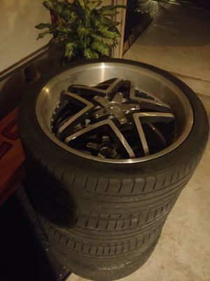 20' inch RS Alloy/black rims with chrome caps for Sale in Fresno, TX