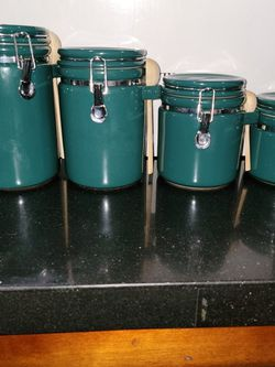 4 Kitchen Canister for Sale in Gainesville,  VA