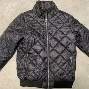 Patagonia puffer Jacket Bomber Women M for Sale in Raleigh, NC
