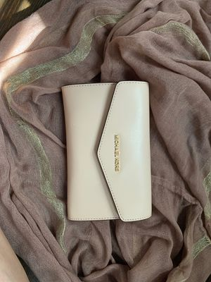 Michael Kors clutch for Sale in Goodyear, AZ