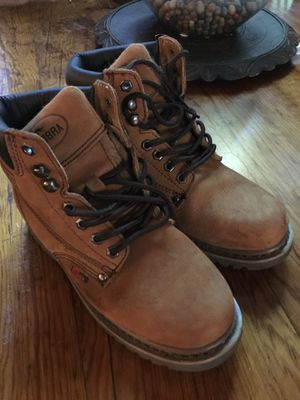 Boys 6 insulated Cobra leather work boots for Sale in Maple Valley, WA