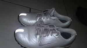 Nike shoes ladies size 8 for Sale in Hamtramck, MI