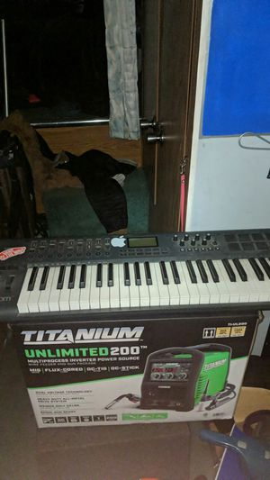 Axiom 49 Keyboard Midi controller/ music maker for Sale in Englewood, CO
