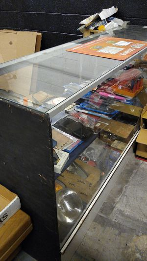 Glass Display Case for Sale in Ontario, CA