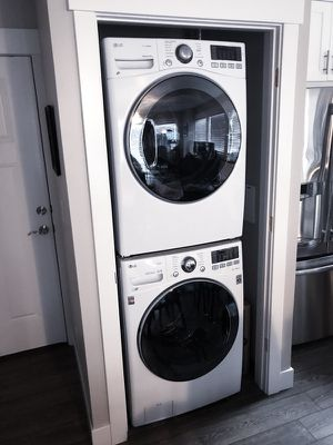 Ultra Large front facing LG Washer & Dryer w/STEAM for Sale in South Salt Lake, UT