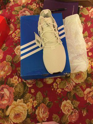 Adidas Men's Tennis Shoes size 9 for Sale in Harvey, LA