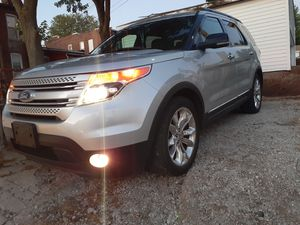Ford explorer xlt 2011 for Sale in St. Louis, MO