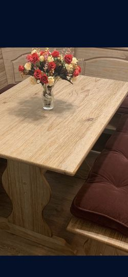 Family Kitchen Table Nook Set for Sale in Lomita,  CA
