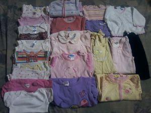 Winter baby girl clothes sz 3 _ 6 months for Sale in Warren, MI