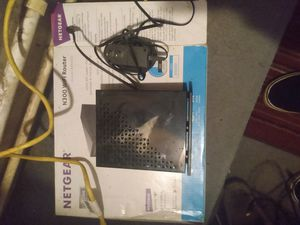 Net gear wifi router for Sale in Altoona, FL