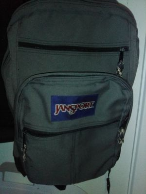 COLLEGE BACKPACK for Sale in Lakewood, WA