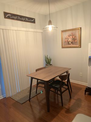 Dining table + 4chairs for Sale in Fuquay-Varina, NC
