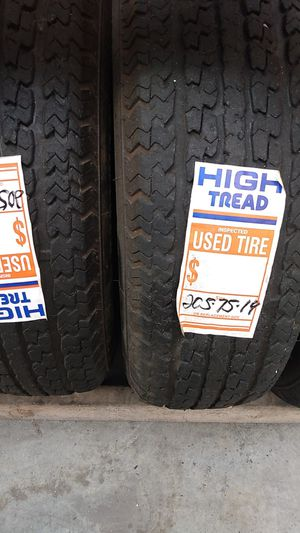 2 tires 205/74r14 trailer for Sale in Spring Valley, CA