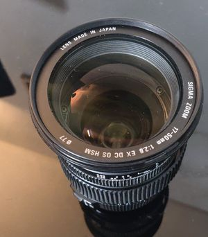 Sigma 17-50mm lens (needs repairs) for Sale in Chicago, IL