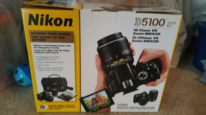 Nikon D5'100 for Sale in Columbia, SC