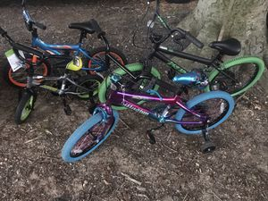 I have 4 kids (2 need minor repair) for Sale in Edgewood, MD