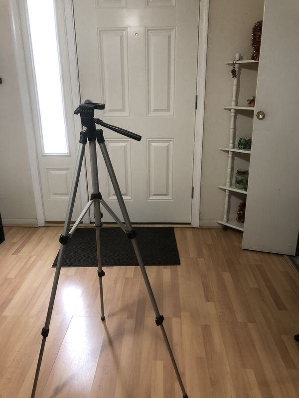 "Samsonite 54"" photo/ Video Tripod"