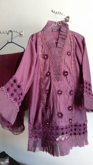 Mauve color three piece dress party wear for Sale in Ashburn, VA