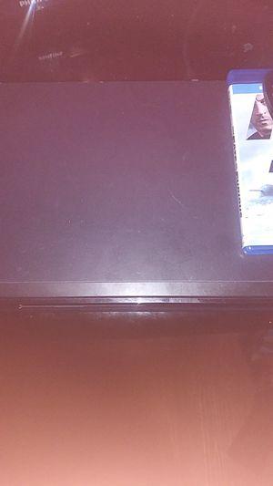 Samsung blu ray player with movie for Sale in Wichita, KS