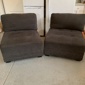 2 Chairs for Sale in West Linn, OR
