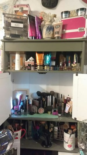 Bags, apperal, cosmetics, health+ beauty items for Sale in Pinellas Park, FL