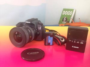 Canon EOS 60D 18.0MP Digital SLR Camera BODY ONLY for Sale in Hollywood, FL