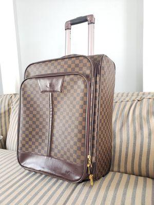 suitcase for Sale in Alexandria, VA