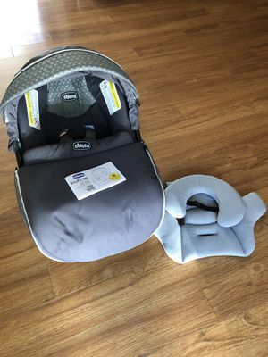 Chicco KeyFit 30 Infant Car Seat for Sale in Bonney Lake, WA