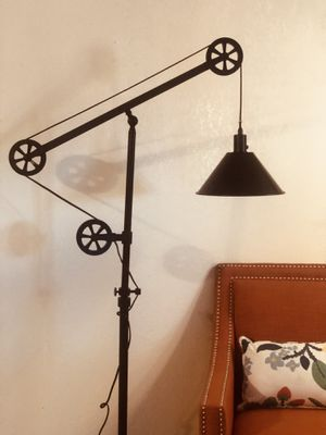 New Floor Pulley Lamp for Sale in Apple Valley, CA
