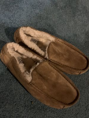 Ugg Slip-Ons Size 8 for Sale in Groveport, OH