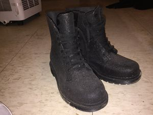 Size 6 .,Glittery boots for Sale in Detroit, MI