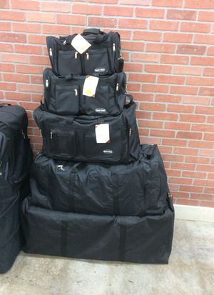 Duffle bags for Sale in Stone Mountain, GA
