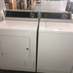 Maytag top load washer and gas dryer for Sale in San Luis Obispo, CA