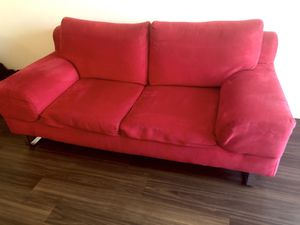 Red Velvet Couch 73inc x 37inch for Sale in Quincy, MA
